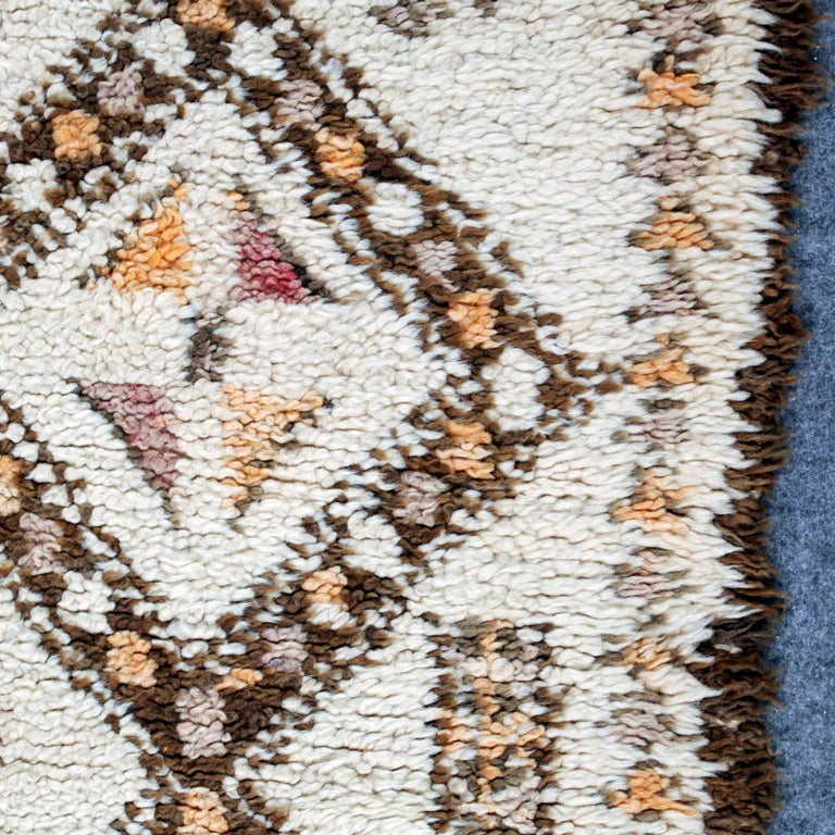 Vintage Moroccan Berber Rug with Henna Accents For Sale 5