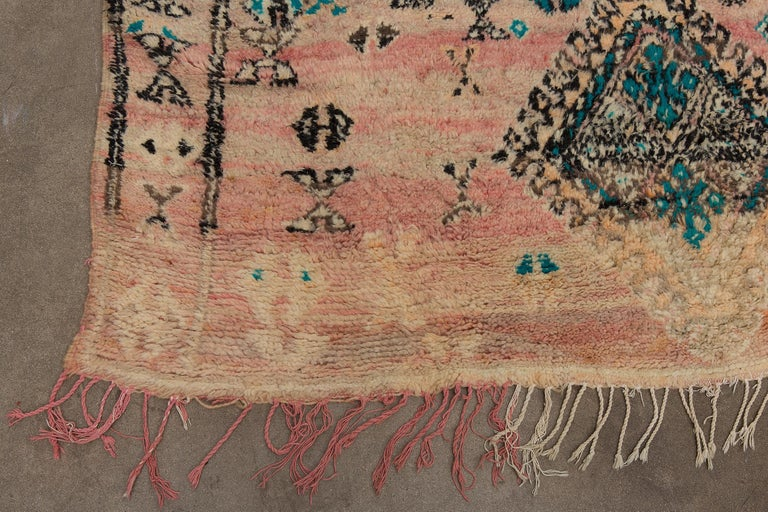 Vintage Moroccan Boujad Rug, Bohemian In Good Condition In Palm Springs, CA