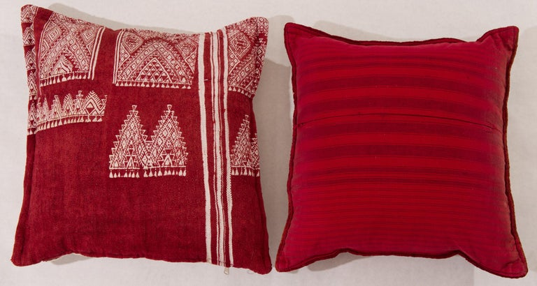 Rare pair of vintage Tunisian embroidered pillows, to combine with old Tunisian tissue or carpet LU1379213196871 or LU1379213196841 - SN/FS.