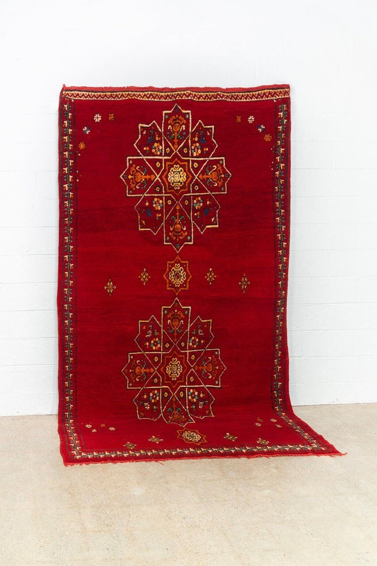 Vintage Moroccan Handwoven Berber Tribal Red Wool Floor Rug In Good Condition For Sale In Detroit, MI