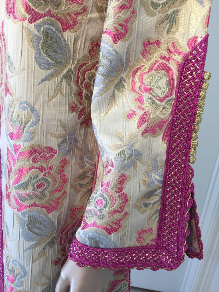 20th Century Vintage Moroccan Kaftan Brocade Embroidered with Pink and Gold Trim, circa 1970 For Sale