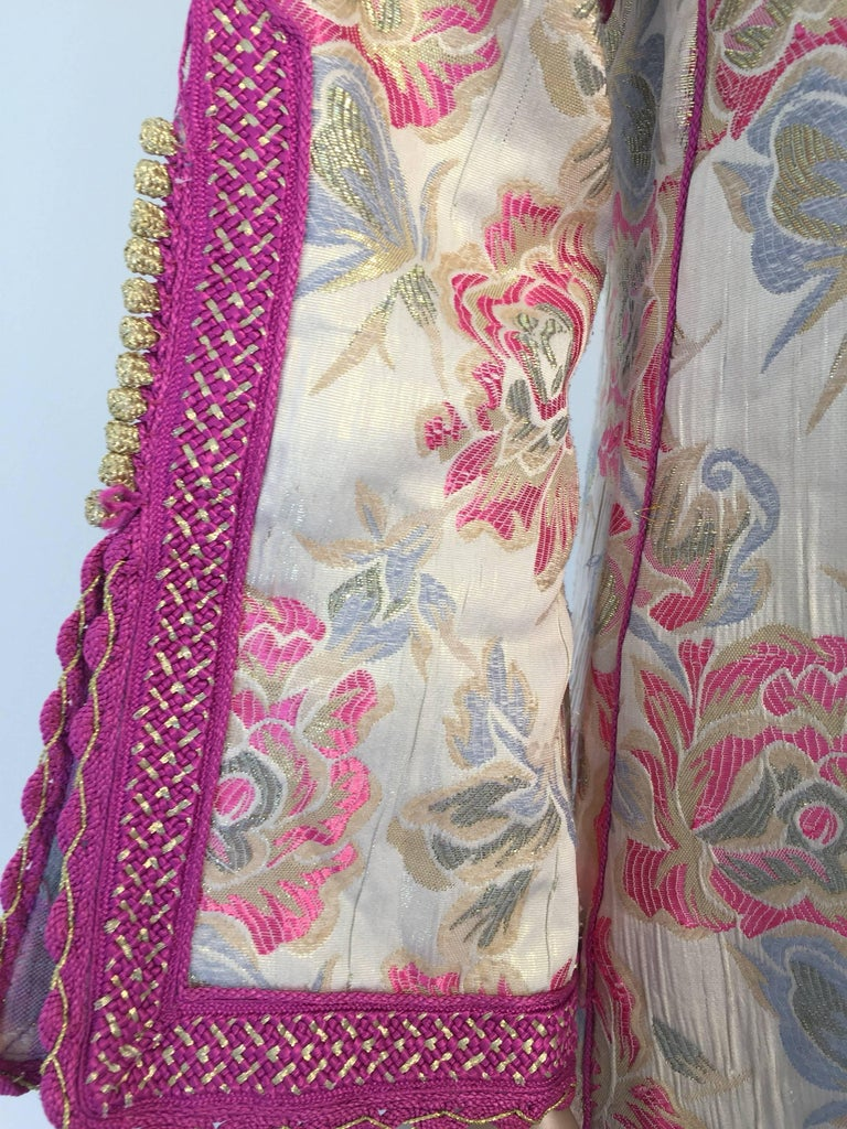 Vintage Moroccan Kaftan Brocade Embroidered with Pink and Gold Trim, circa 1970 For Sale 2