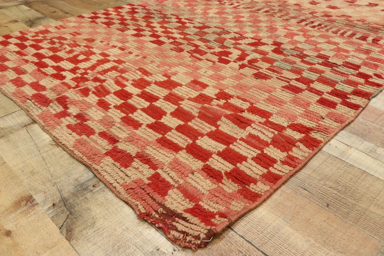 20th Century Vintage Moroccan Rehamna Rug with Checkerboard Pattern and Cubism Style For Sale