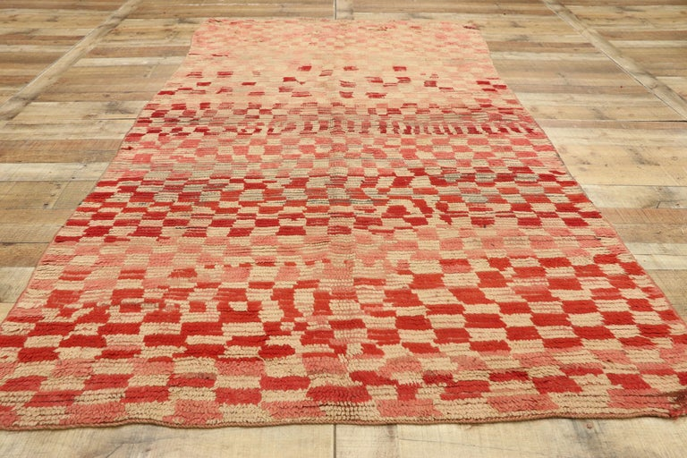 Wool Vintage Moroccan Rehamna Rug with Checkerboard Pattern and Cubism Style For Sale