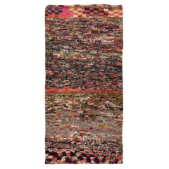 Vintage Moroccan Rug. Size: 2 ft 10 in x 6 ft (0.86 m x 1.83 m)
