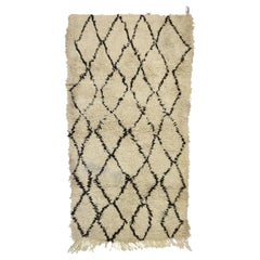 Vintage Moroccan Rug with Modern Style, Berber Moroccan Rug
