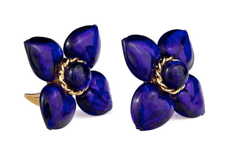 Vintage MOSCHINO Blue Glass Flower Earrings In Excellent Condition For Sale In Kingersheim, Alsace