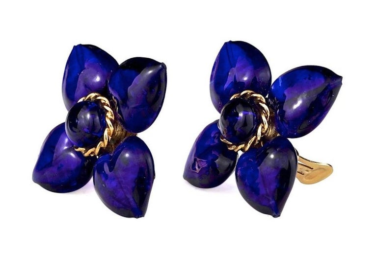 Women's Vintage MOSCHINO Blue Glass Flower Earrings For Sale