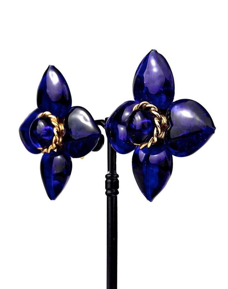Vintage MOSCHINO Blue Glass Flower Earrings For Sale 1