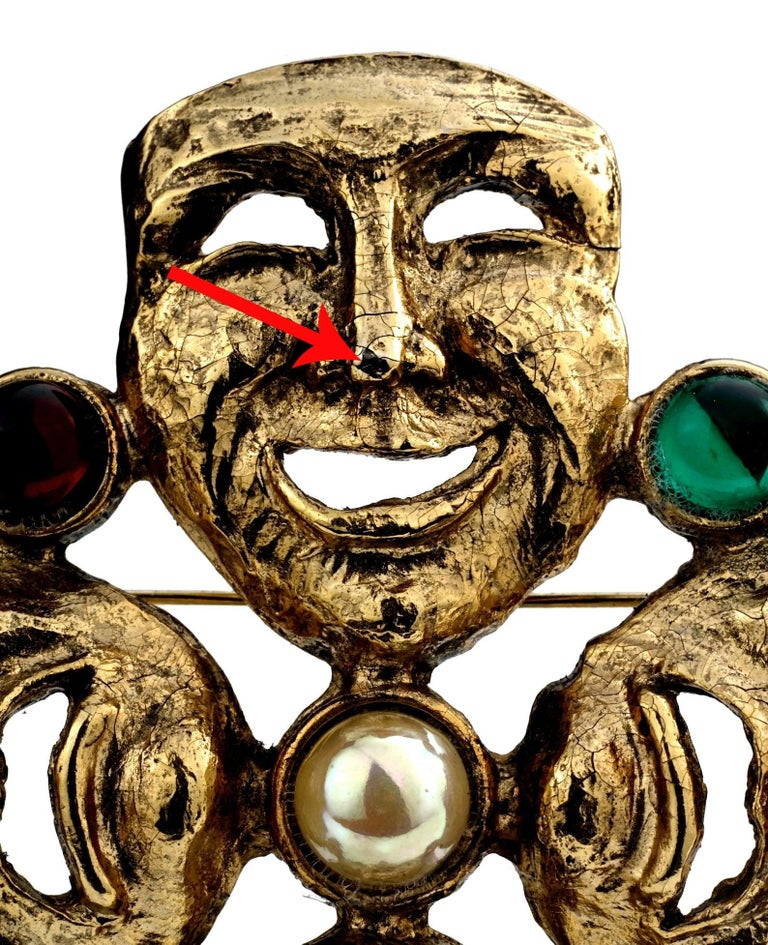 Vintage MOSCHINO Comedy Tragedy Mask Jewelled Novelty Brooch For Sale 6