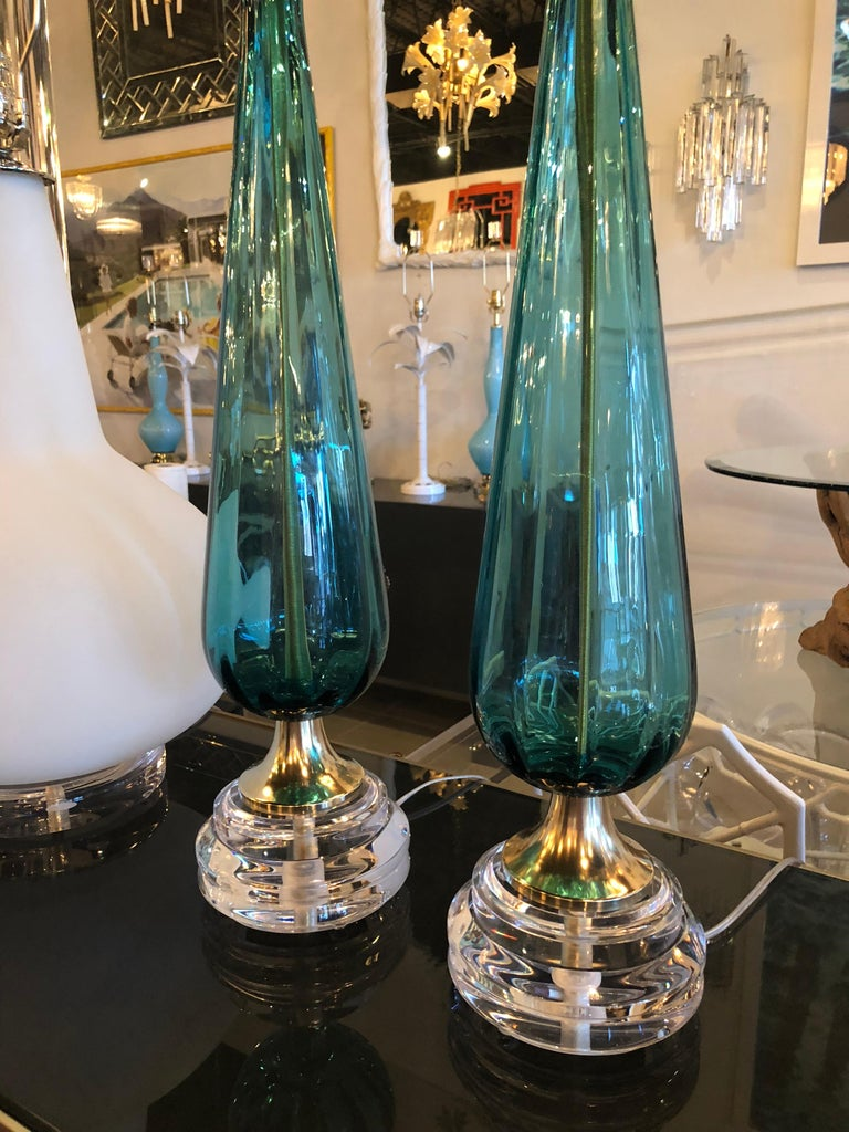 Vintage Murano Aqua Blue Glass Brass Lucite Table Lamp a Pair For Sale 3