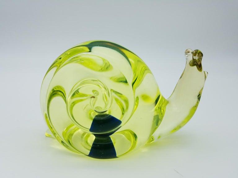 Italian Vintage Murano Glass Snail with Blue Bubble, Gino Cenedese E Figlio, Da Ros 1960 For Sale