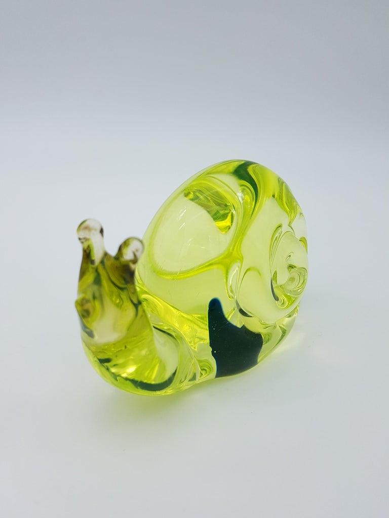 Mid-20th Century Vintage Murano Glass Snail with Blue Bubble, Gino Cenedese E Figlio, Da Ros 1960 For Sale