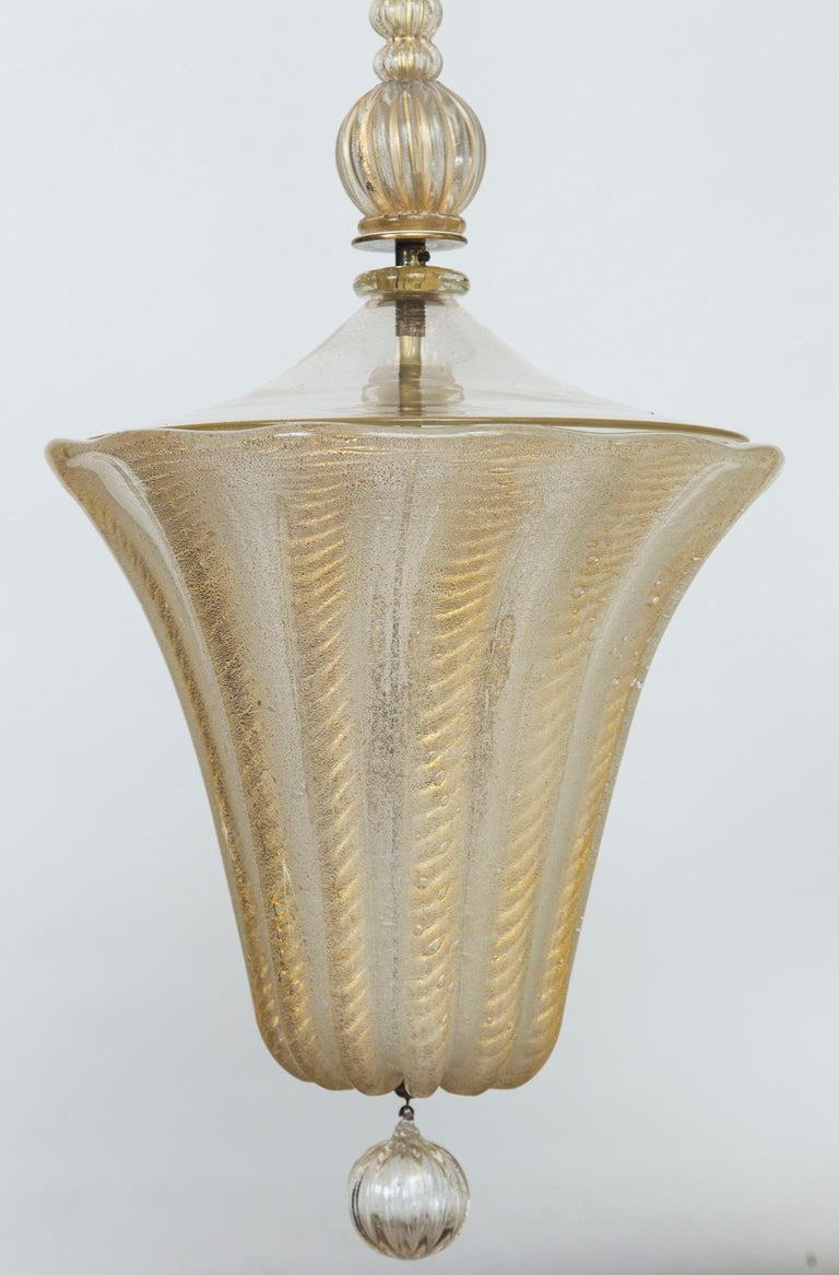 Lovely vintage Murano gold lantern blown in the cordonato d'oro technique, note the stem is comprised of three blown segmented balls that form a long neck so you can minimize the overall height width to desired overall height a segment at a time. We