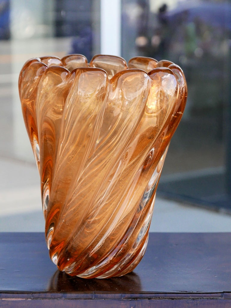 Vintage Murano Vase with Gold Inclusions by Seguso For Sale 1
