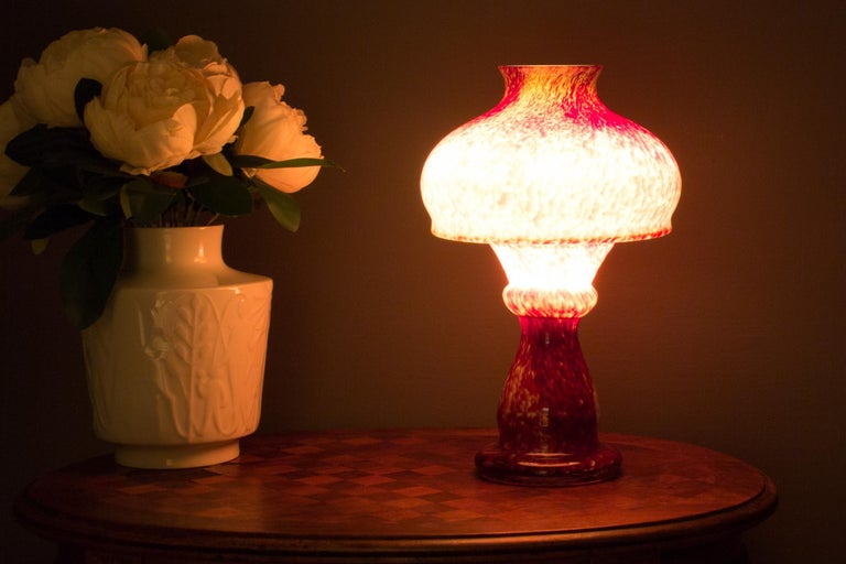 Mid-20th Century Vintage Mushroom-Shaped Red Art Glass Tea Light Holder or Candle Lamp or Vase For Sale
