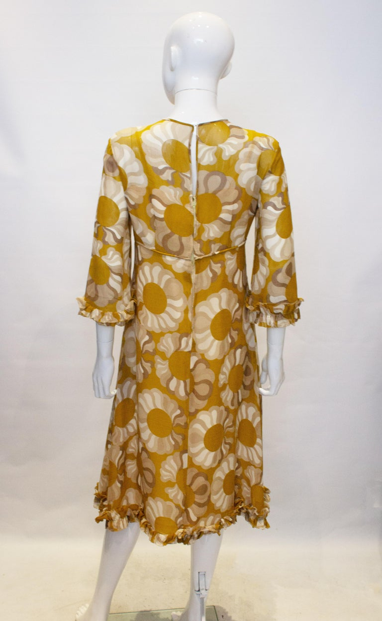 Vintage Mustard , Grey and Ivory Print dress by Jollys of Bath and Bristol In Good Condition For Sale In London, GB