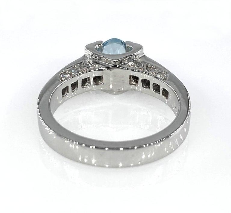 Vintage Natural 1.67ct Oval Aquamarine and Diamond Platinum Ring For Sale 9