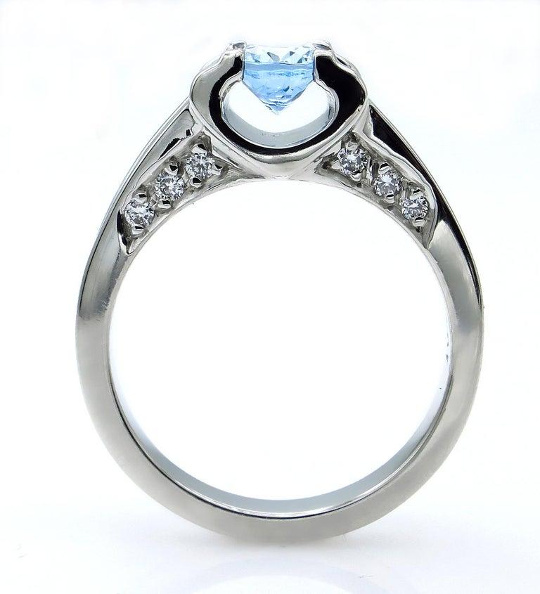 Vintage Natural 1.67ct Oval Aquamarine and Diamond Platinum Ring For Sale 10