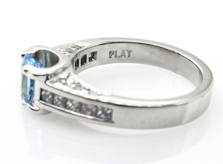 Vintage Natural 1.67ct Oval Aquamarine and Diamond Platinum Ring For Sale 1