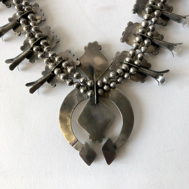 Vintage Navajo Native American Silver Natural Turquoise Squash Blossom Necklace In Good Condition For Sale In Los Angeles, CA