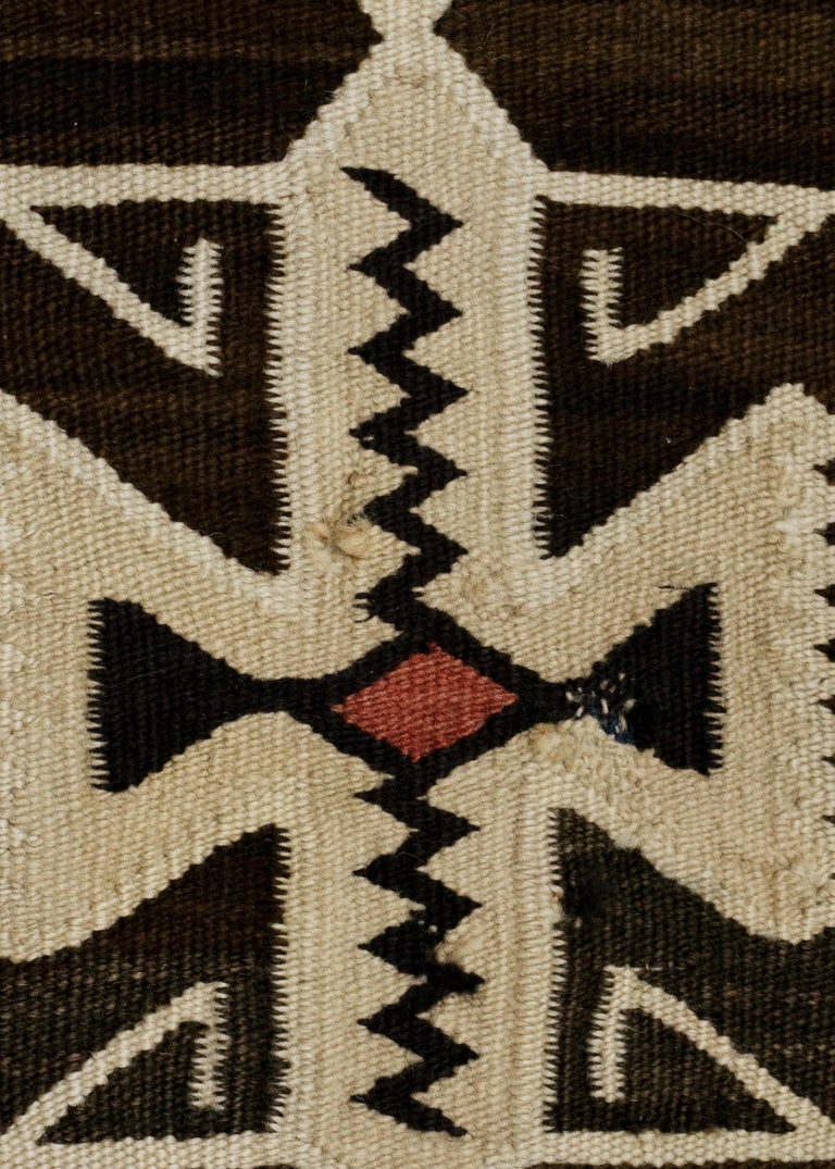 Hand-Woven Vintage Navajo Pictorial Area Rug, Teec Nos Pos Trading Post For Sale
