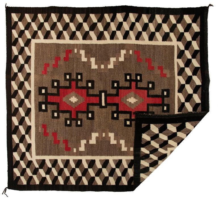 Vintage Navajo Rug, circa 1940 'Antique Southwestern Native American Textile' In Good Condition For Sale In Denver, CO