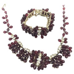Vintage Necklace with matching bracelet red Crystal 1940s