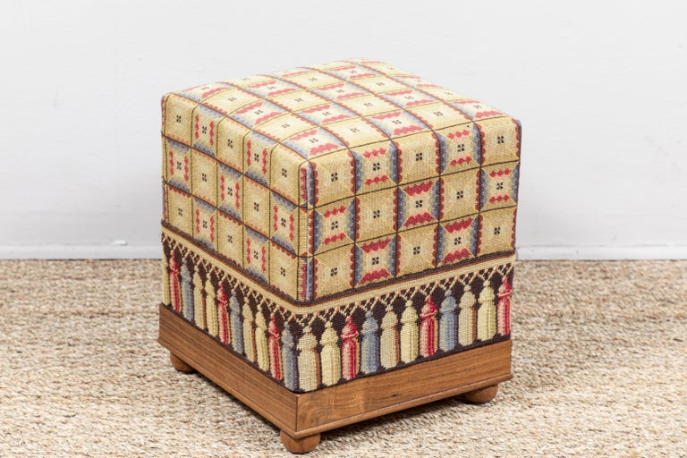 Vintage Needlepoint Foot Stool  In Good Condition For Sale In Los Angeles, CA