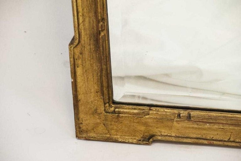 Hand-Crafted Vintage Neoclassical-Style La Barge USA Giltwood Mirror For Sale