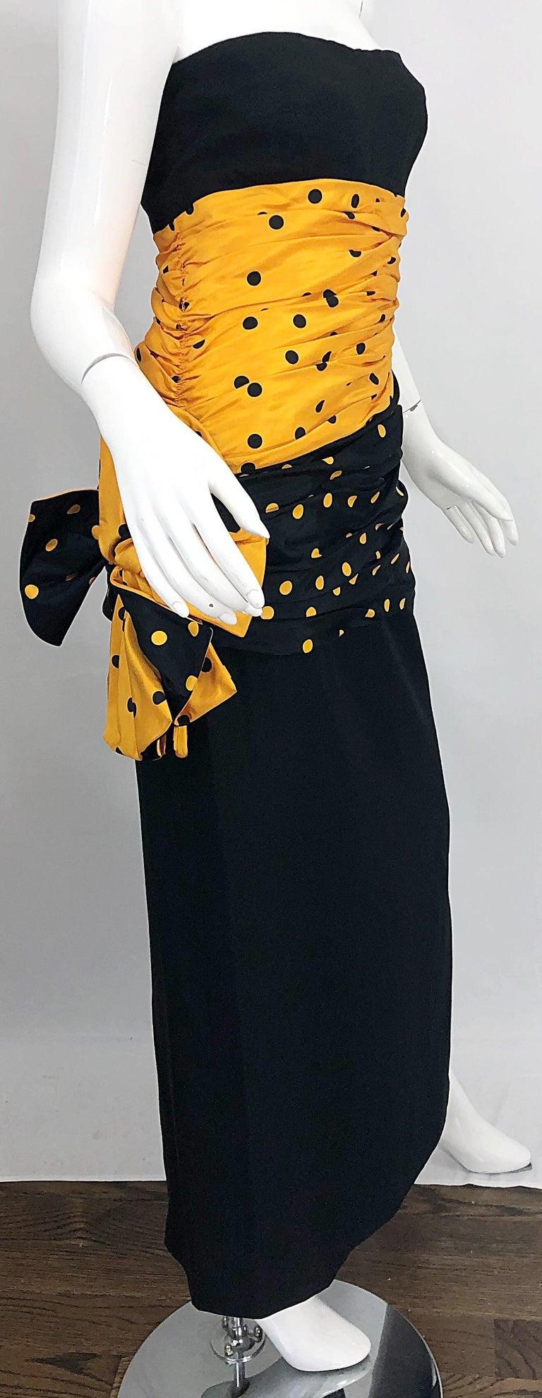 Vintage Nina Ricci Haute Couture 1980s Avant Garde Linen + Silk Strapless Gown For Sale 5