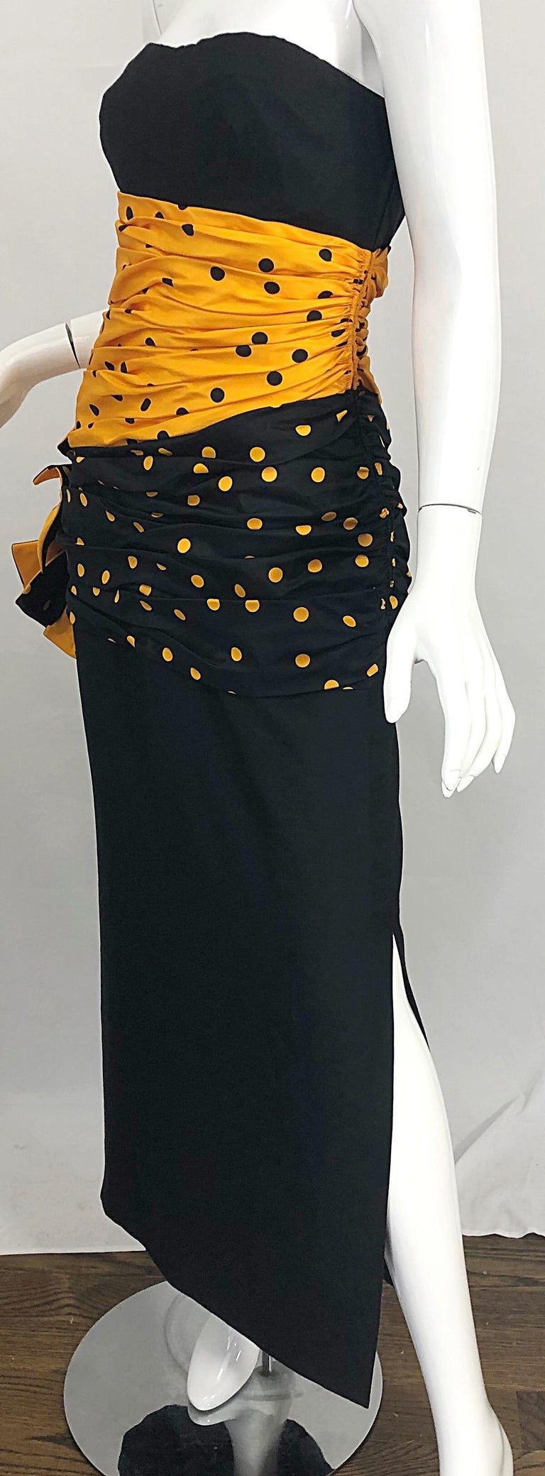 Vintage Nina Ricci Haute Couture 1980s Avant Garde Linen + Silk Strapless Gown For Sale 10