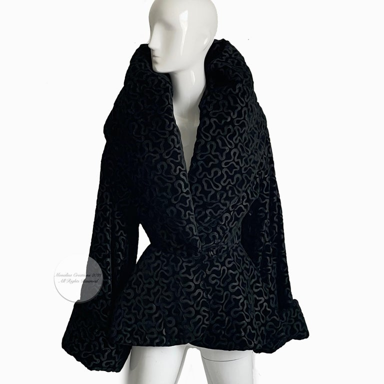 Women's Vintage Norma Kamali Jacket Oversized Shawl Collar Rare Black Velvet Size 6  For Sale