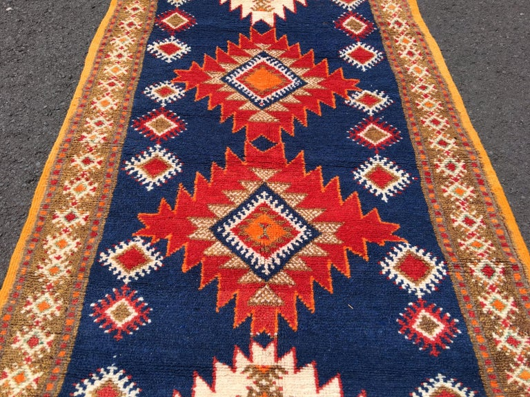 Vintage North African Berber Tribal Rug Ait Khozema In Good Condition For Sale In Lohr, Bavaria, DE