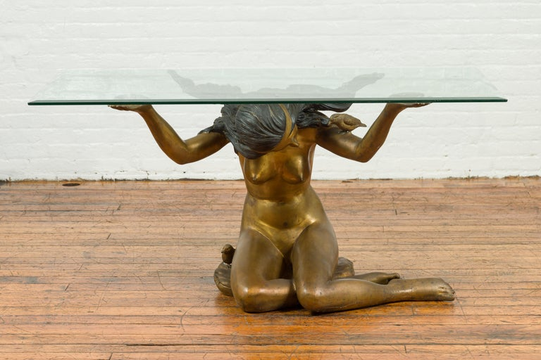 A vintage nude woman bronze table base from the mid-20th century, with gold patina. The top is not included but shown on the photos to allow better visualization of the possibilities. Created with the traditional technique of the lost-wax (à la cire