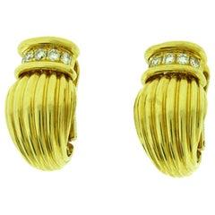 Vintage O. J. Perrin Diamond Clip-On 18 Karat Yellow Gold Earrings