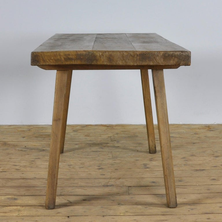 Hungarian Vintage Oak Butcher's Block Table or Farm Table, 1930s For Sale