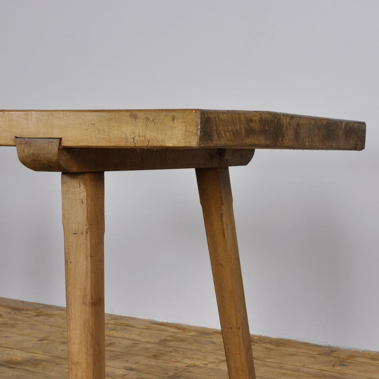Vintage Oak Butcher's Block Table or Farm Table, 1930s In Good Condition For Sale In Amsterdam, Noord Holland