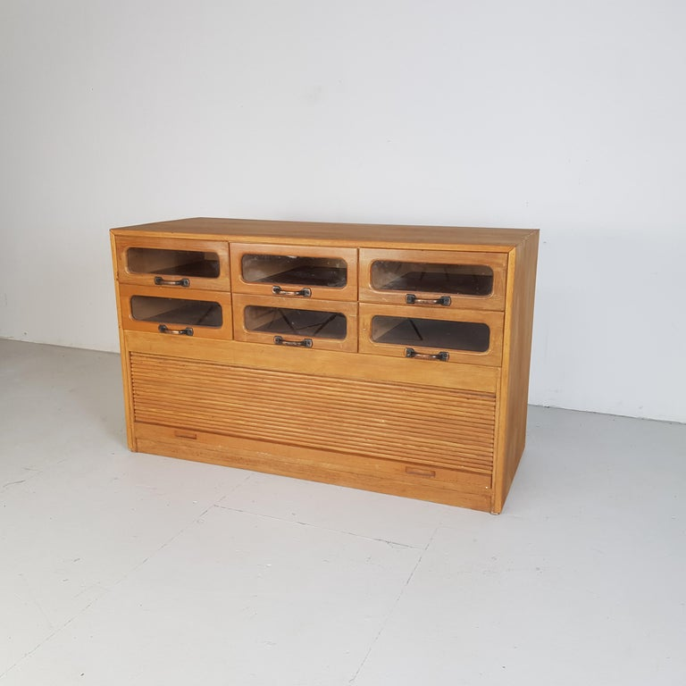 Vintage Oak Early 20th Century 6-Drawer Haberdashery Cabinet, 1930s In Good Condition In Lewes, East Sussex
