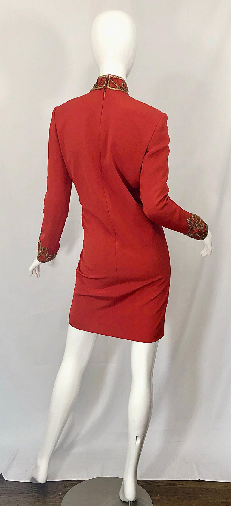Vintage Oleg Cassini Size 8 1990s Burnt Orange Beaded 90s Long Sleeve Silk Dress In Good Condition For Sale In Chicago, IL