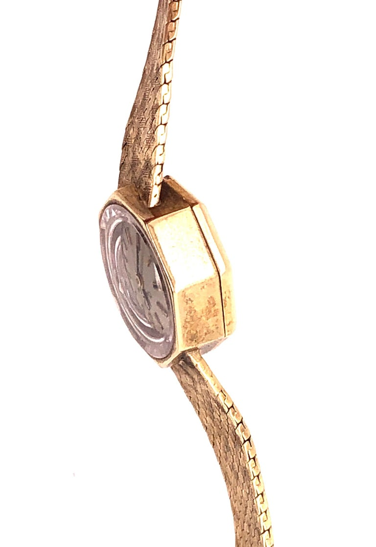 Omega 14 Karat Ladies Wristwatch 18.2 Grams Without Works, 17 Jewels For Sale 6