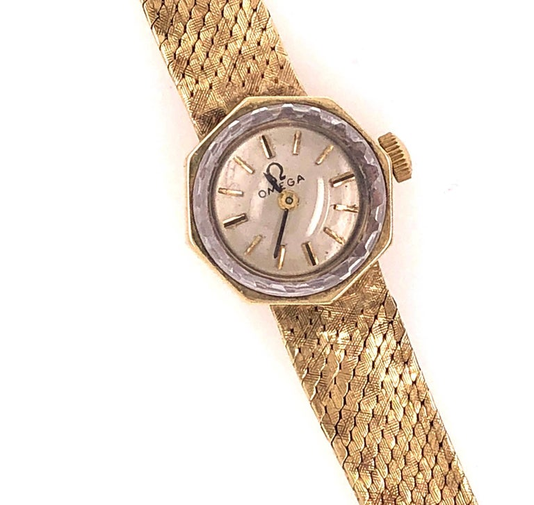 Omega 14 Karat Ladies Wristwatch 18.2 Grams Without Works, 17 Jewels For Sale 1