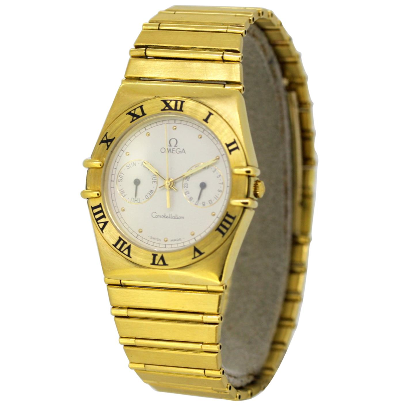 Vintage Omega Constellation Quartz Wristwatch Set in Full 18 Karat Gold