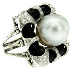 Vintage Onyx Pearl Diamond Gold Ring