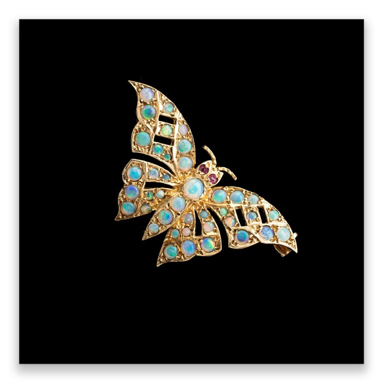 Gold Butterfly Brooch With Natural Opals & Rubies Hallmarked London 1985 For Sale 2