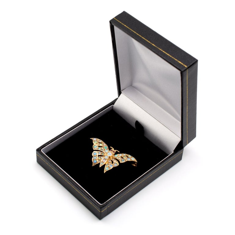 Gold Butterfly Brooch With Natural Opals & Rubies Hallmarked London 1985 For Sale 3