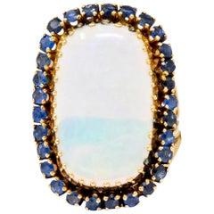 Vintage Opal Sapphire 14 Karat Gold Cluster Ring, circa 1970
