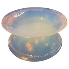 Vintage Opalescent Murano Glass Centerpiece Bowl
