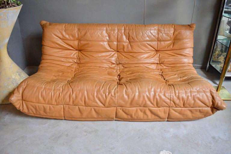vintage original saddle leather ligne roset togo sofa and fireside chair at 1stdibs. Black Bedroom Furniture Sets. Home Design Ideas