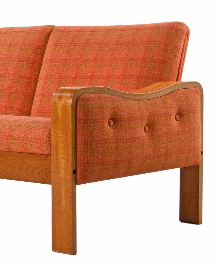 Original Midcentury Bent Teak Plaid Wool Fabric Danish Modern Sofa Couch In Excellent Condition For Sale In Saint Petersburg, FL